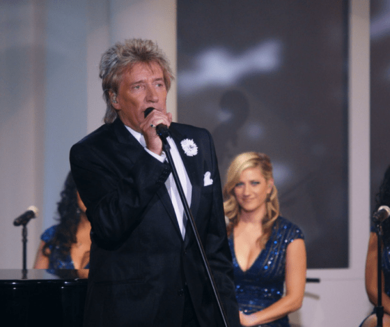 Rod Stewart Buys Wife The Ultimate Birthday Gift